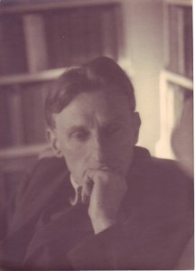 Edmund Blunden in 1938